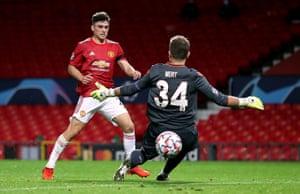 Daniel James scores United's fourth goal.