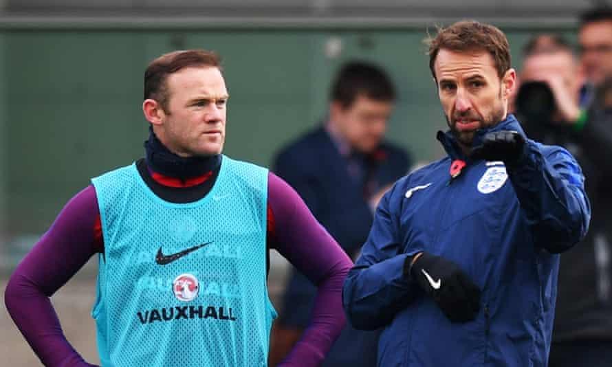 Gareth Southgate with Wayne Rooney at St George's Park in November