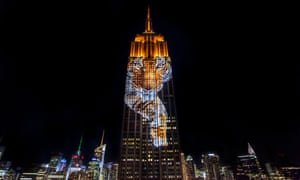 A tiger projected onto the Empire State Building.