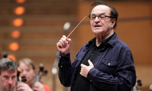 Charles Dutoit conducting the Royal Philharmonic Orchestra.