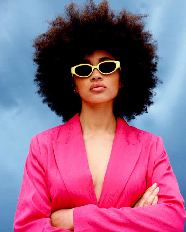 Kimeze sunglasses.