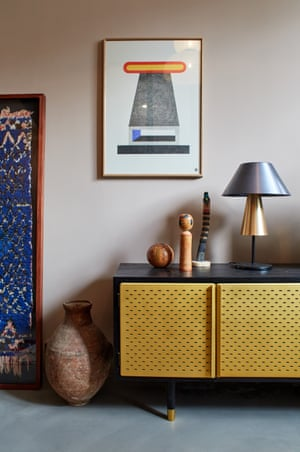 The living area, with lamp and sideboard by Magnus Pettersen.
