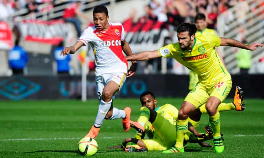 Kylian Mbappé on the attack for Monaco against Nantes in a Ligue 1 game in 2016.