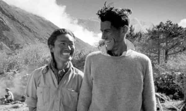 Edmund Hillary (right) and Tenzing Norgay meet the press in June 1953 after their ascent of Everest.
