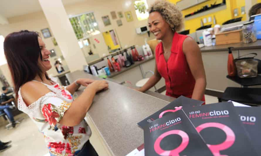 Manager Andreia Maura de Sousa at one of the first salons in Campo Grande to sign up to the programme