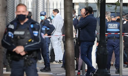 Nice Knife Attack in Mediterranean city: Two killed in Nice. The mayor Christian Estrosi has described the incident as terrorism in France.