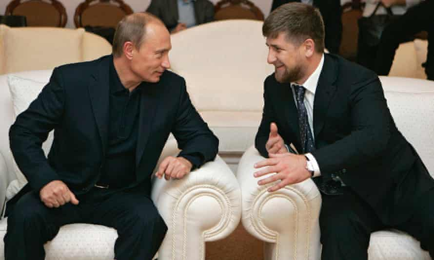 Putin and Kadyrov at a meeting outside Moscow in 2007.