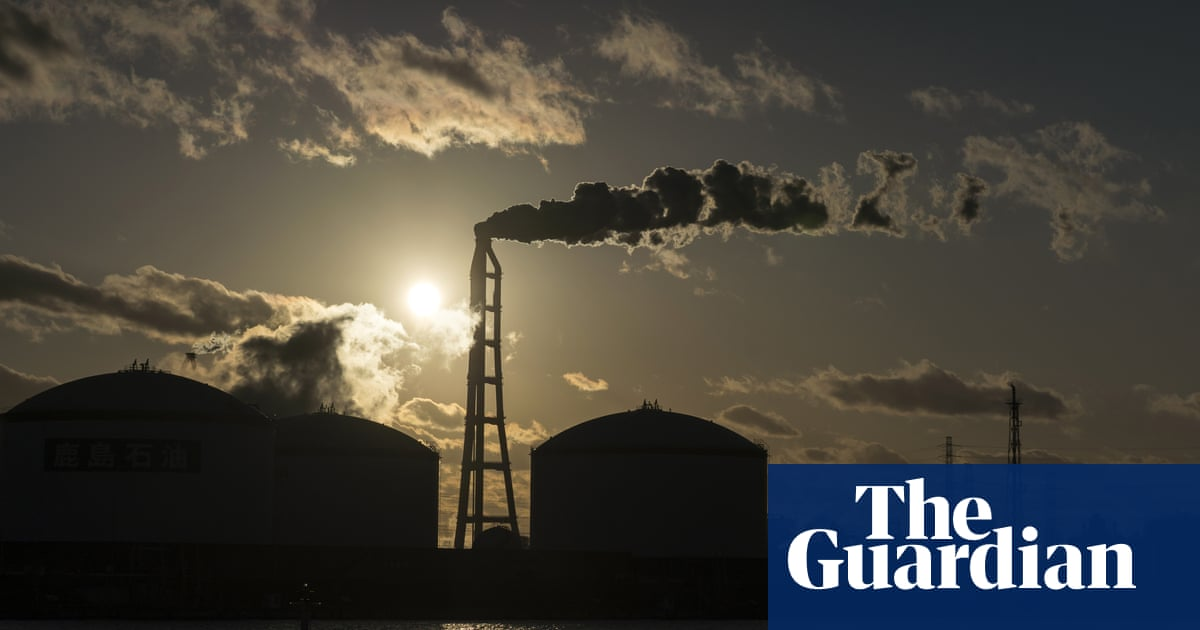 Strengthen worldwide climate commitments to improve economy, study finds
