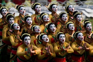 Jakarta, IndonesiaDancers perform Thengul dance during Indonesia's 74th Independence Day celebration at the Presidential Palace