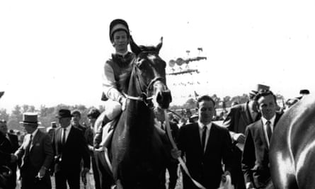 Lester Piggott brings home Nijinsky after their 1970 Derby victory