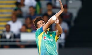 Mohammad Amir gets back into action at Eden Park.