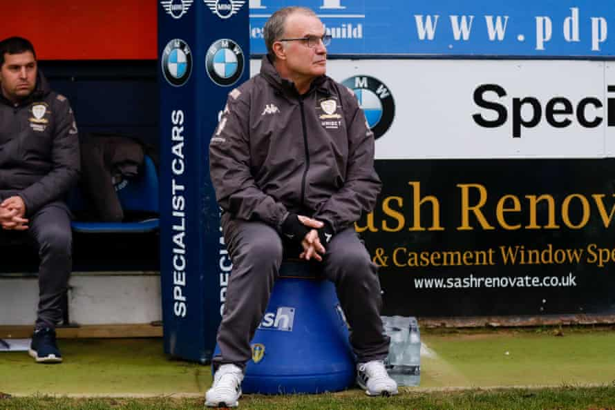 Leeds United manager Marcelo Bielsa watches his side take on Luton