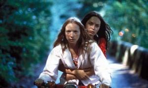 Natalie Press and Emily Blunt in Paweł Pawlikowski's 2004 film My Summer of Love.