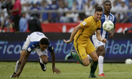 Socceroos' goalless draw in Honduras leaves World Cup hopes in balance