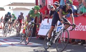 Alejandro Valverde leads Peter Sagan towards the finish at Vejer.