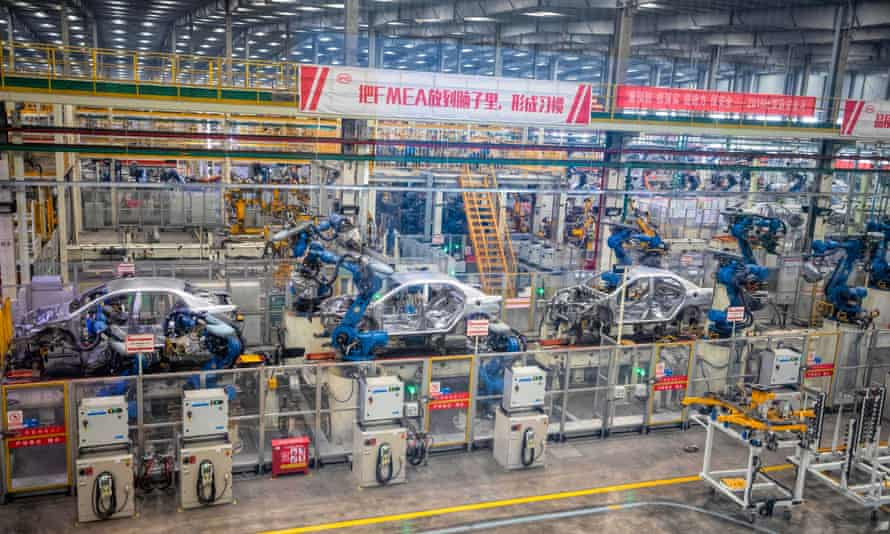 Robots assemble cars in the BYD electric car factory in Xi'an, Shaanxi, China
