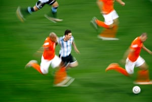 Lionel Messi takes on the Netherlands at the 2014 World Cup. One of Argentina's former coaches says the player's 'neuromuscular co-ordination has a cosmic power'.
