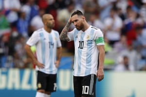 Lionl Messi looking stressed, again.