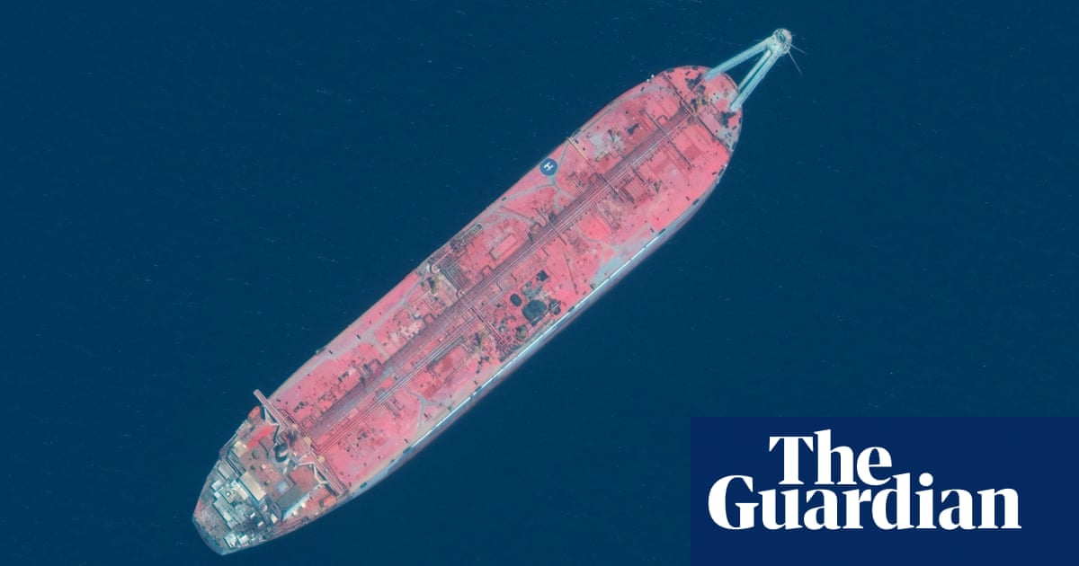 Time running out to prevent huge oil spill off Yemen, UN official warns - the guardian