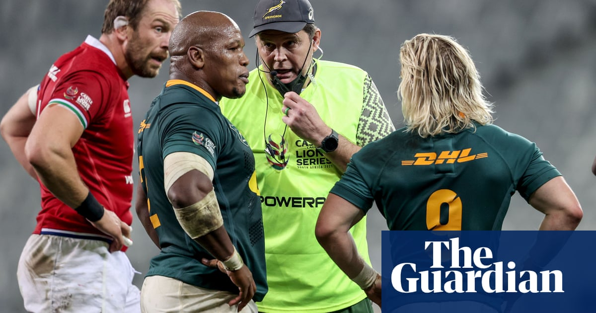 Rassie Erasmus offers to step aside as Lions officiating row rumbles on