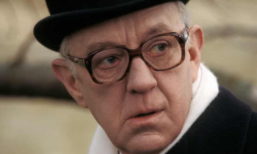 Sir Alec Guinness in Tinker Tailor Soldier Spy (1979).