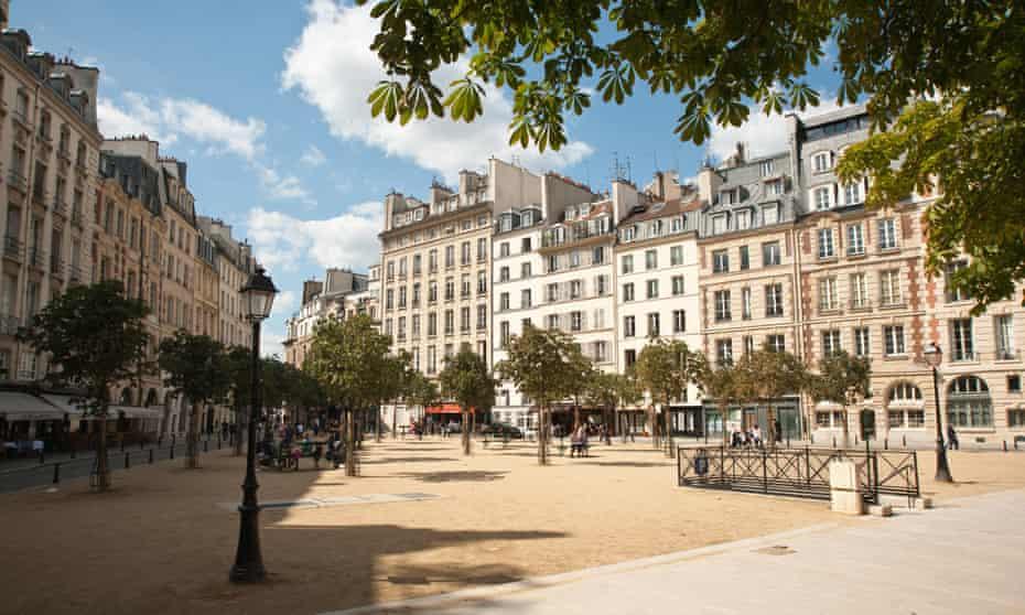 Place Dauphine on the Ile de la Cité, Paris