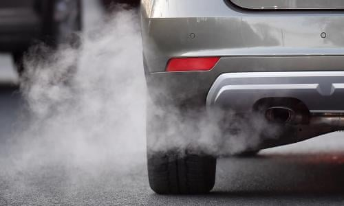 Cyclists 'exposed to less air pollution than drivers' on