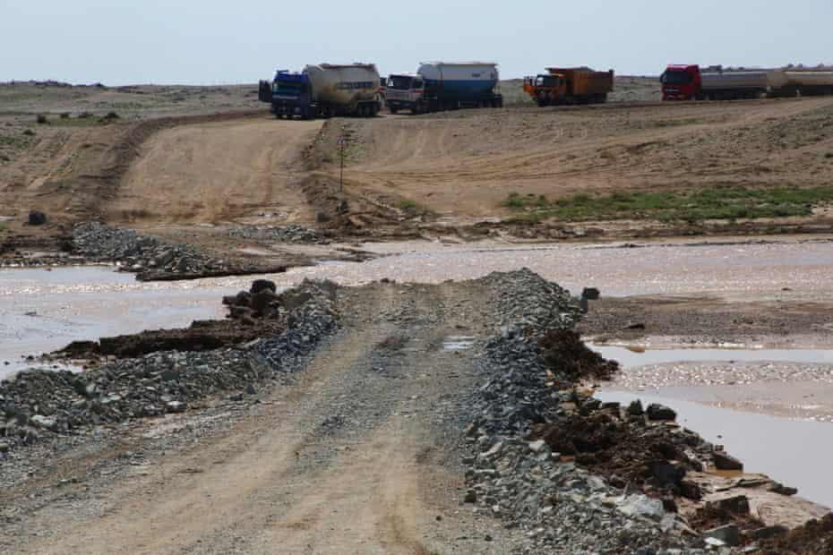 Mineworks Untai River, southern Gobi