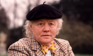 Dudley Sutton in Lovejoy.