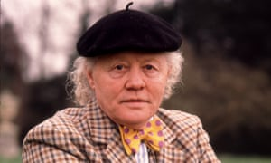 Dudley Sutton as Tinker the tout in Lovejoy, 1986.