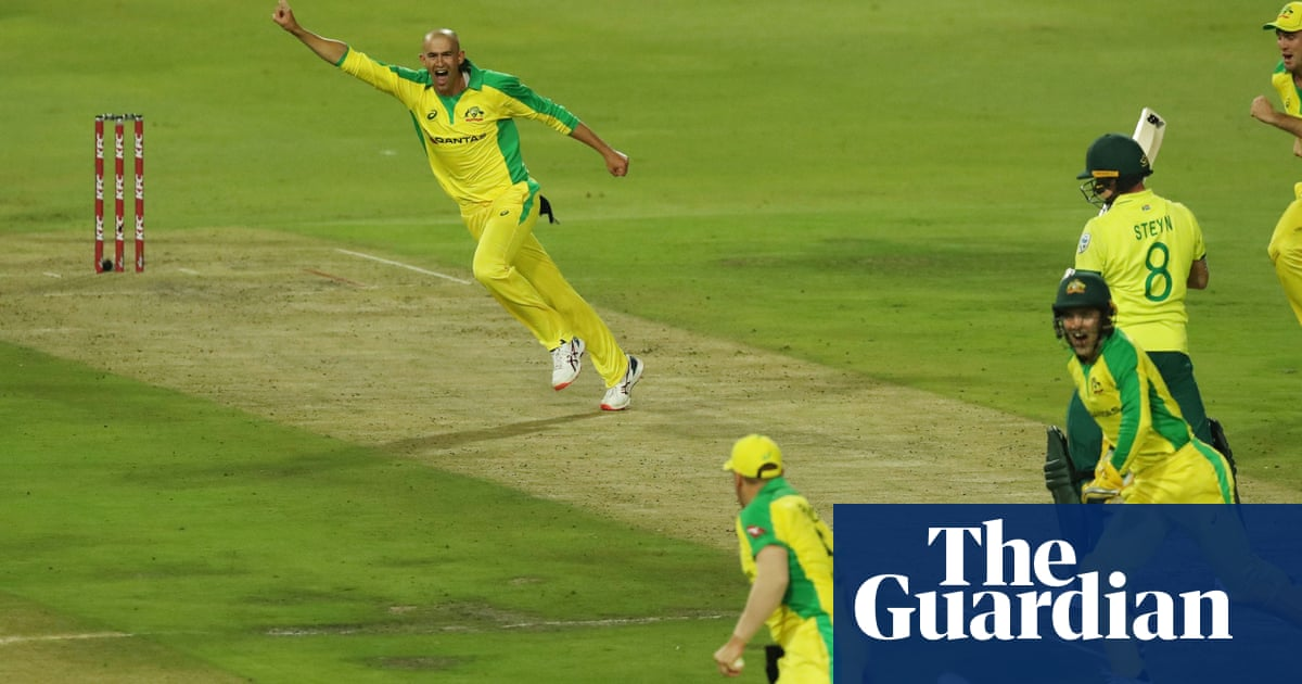 Ashton Agars hat-trick inspires Australia to South Africa T20 romp