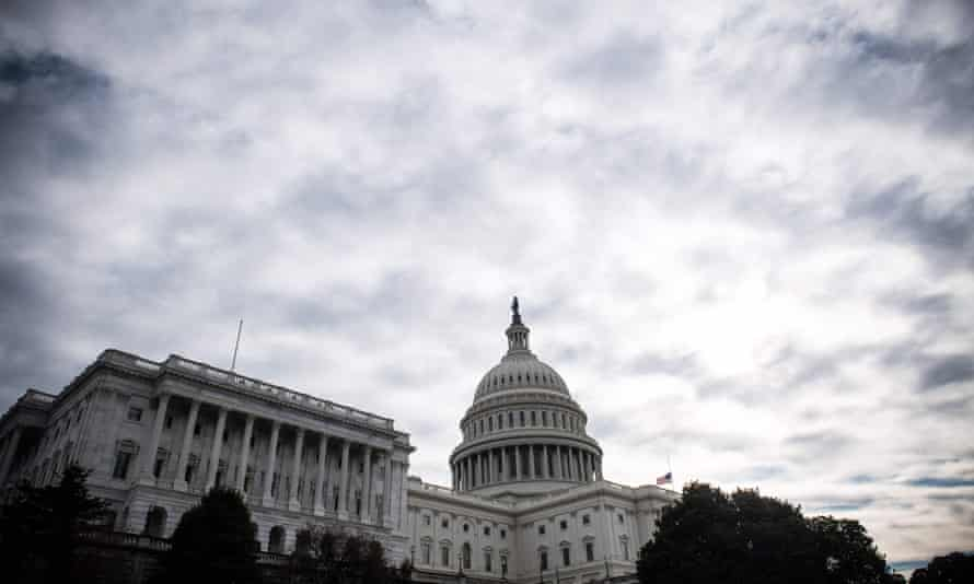Political scientists have found that senior staff members in Congress have no 'clue what Americans want'.
