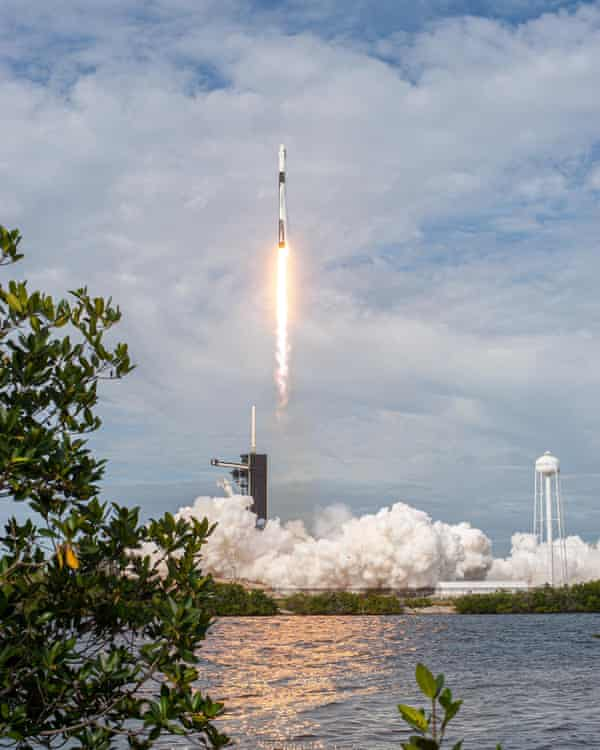 The SpaceX Falcon 9 rocket lifting off from the Kennedy Space Center to conduct the high-altitude abort test.