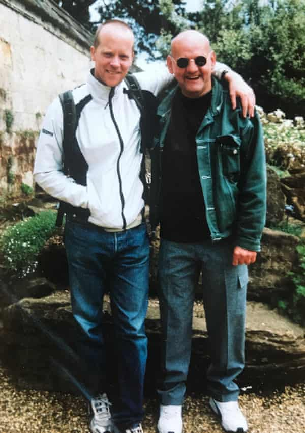 Mark Olden (left) with David Blagdon at Oxford Botanical Gardens in 2002.