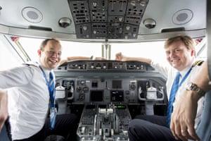 King Willem-Alexander with pilot Maarten Putman