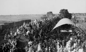 Muslim refugees near New Delhi attempting to flee India in September 1947.