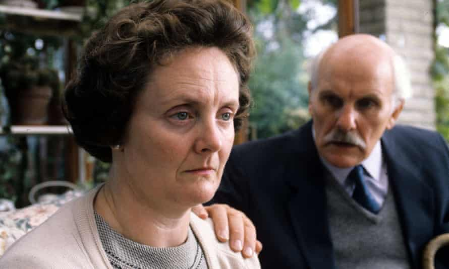 Gillian Hanna with Tony Steedman in the television film The Life and Death of Philip Knight, 1993. She played the mother of a teenager who took his own life after being jailed in an adult prison.
