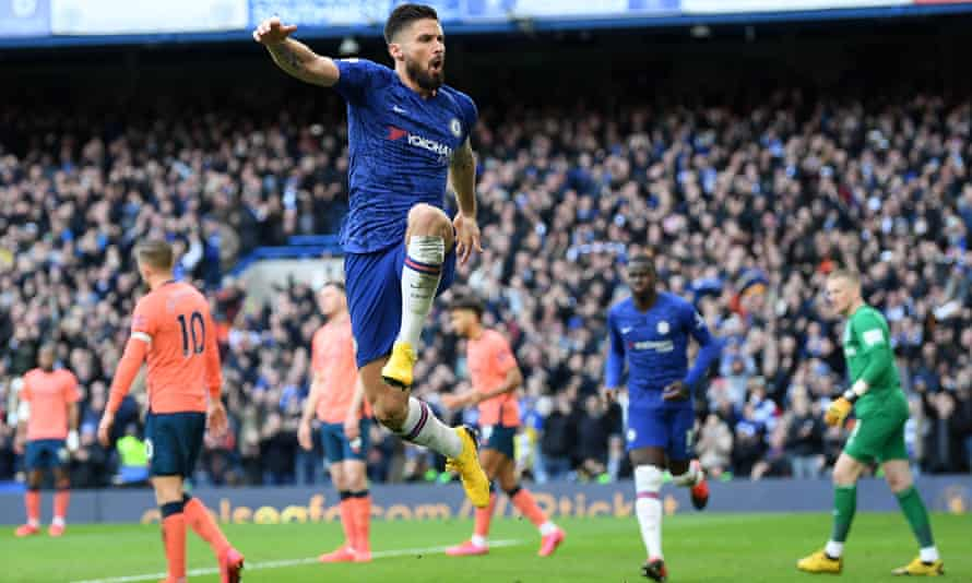 Olivier Giroud rounded off the scoring for Chelsea against Everton at Stamford Bridge.