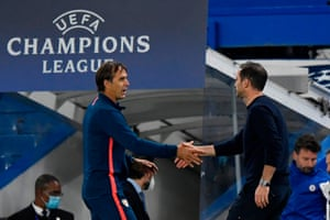 Lampard (R) shakes hands with Lopetegui (L) at the final whistle.