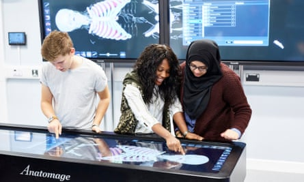 Students use the virtual dissection Anatomage table in the integrated life sciences learning centre