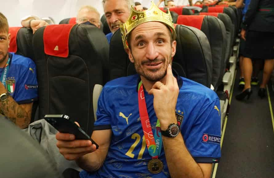 Giorgio Chiellini returns to Italy after winning Euro 2020.