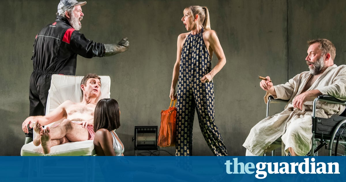 The Seagull review – Lesley Sharp is monstrously funny in Chekhov's heartbreaker