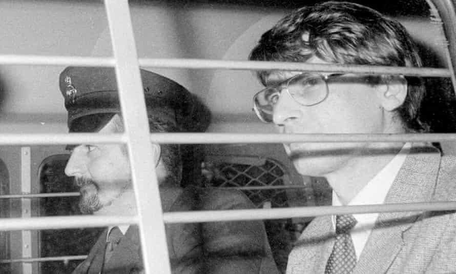 Scottish serial killer Dennis Nilsen and his clear-lensed aviators.