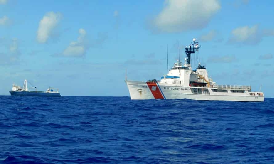 US Coast Guard cutter Confidence (right) approaching the Alta, 2,220km south-east of Bermuda, in October 2018