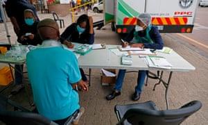 Covid-19 screening at a testing site in Tshwane.