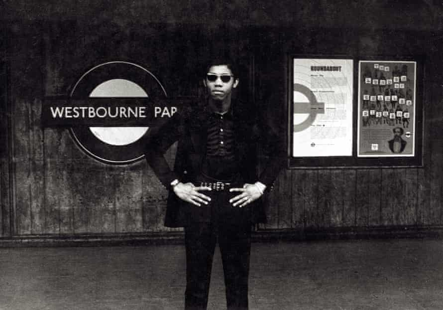 Waiting for the Tube, 1967.