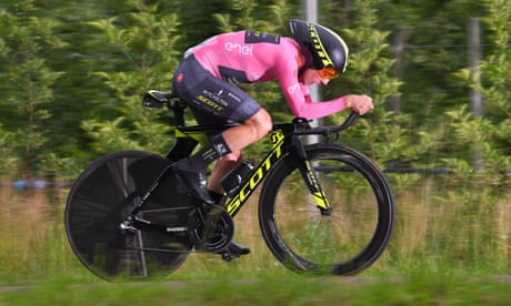 Simon Yates retains Giro lead after limiting Dumoulin damage in time trial
