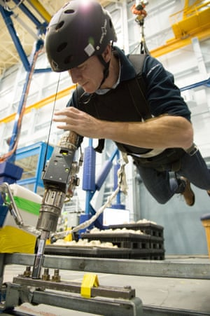 Astronaut school: Tim Peake trains for space - in pictures ...