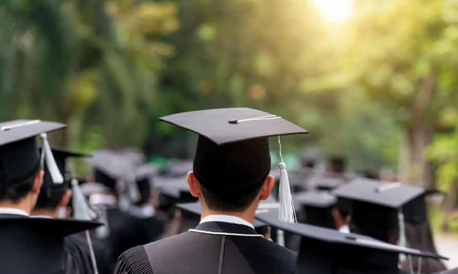 More than a quarter of businesses are reducing the number of graduates they hire this year.