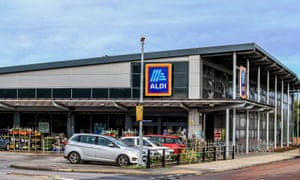 Aldi plans to have 1,200 stores by 2025 and is also recruiting 3,800 people this year.